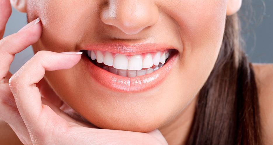 complicaciones mas frecuentes de los implantes dentales